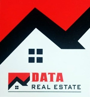 Data Real Estate Logo